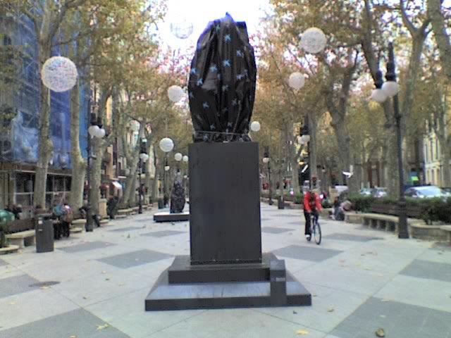 escultura moderna i graciosa?