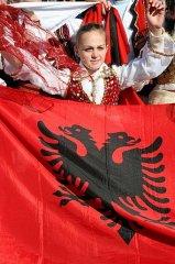 kosovo folklore el mundo.jpg, 48 KB