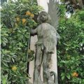 Arcàngel Sant Miquel. Escultura dels jardins de la Generalitat de València. Fotografia de Llorenç Carreres